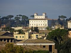 Villa Medici viewed from Parco Savello (PG63) Tags: city italien italy rome roma italia rom eternal giardinodegliaranci aventine parcosavello villeegiardini aventinen