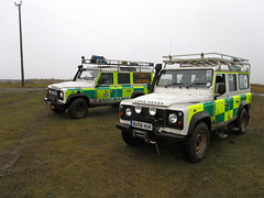 Scottish Ambulance Service & British Red Cross Land Rovers (barronr) Tags: training scotland mud rover land shogun westlothian britishredcross bathgate scottishambulanceservice bathgatehills limitedtractiontraining