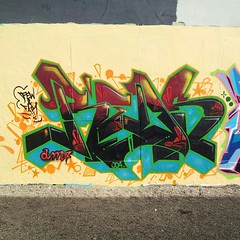 REDS-STAR (missREDS_AM7) Tags: graffiti graff reds evolve am7 missred miamigraffiti amseven fewandfar 004connec fewfar missreds