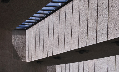 "Museo Tamayo 25 • <a style=""font-size:0.8em;"" href=""http://www.flickr.com/photos/30735181@N00/8232113051/"" target=""_blank"">View on Flickr</a>"
