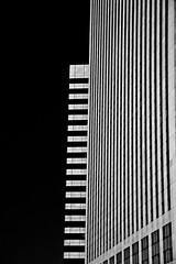 De la hauteur (Yohann REVERDY) Tags: blackandwhite bw abstract black paris building architecture noiretblanc piano ladefense nb abstrait hauteur