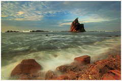 Morning waves (Jokoleo) Tags: morning motion beach stone indonesia ngc wave batu tanjung layar sawarna banten