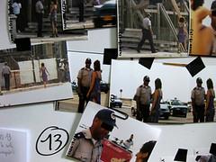 Aportación de agentes del orden. detalles de la pizarra con la investigación policial