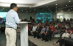 Candidato Jaua con empresarios (teleSURtv) Tags: venezuela caracas electoral elecciones chvez campaa 16d eleccionesregionales 16dediciembre elasjaua