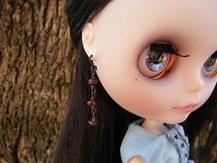 Aishe modeling earrings