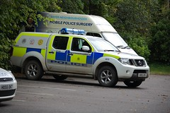Hampshire Police Nissan Navara (stavioni) Tags: rural nissan force police hampshire vehicle patrol sation alresford hants constabulary navara 4970 hx11lvs