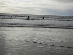 Surfers at Liscannor Bay in Lahinch Village in County Clare, Ireland (RYANISLAND) Tags: county ireland irish beach town europe clare european village beaches lahinch countyclare beachtown irishvillage lehinch liscannorbay liscannorbaybeach
