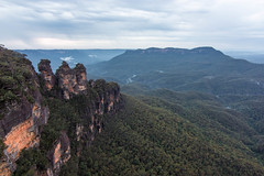 The Three Sisters, Blue Mountains (Aaron Browning) Tags: bluemountains threesisters