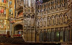 Otoczenie otarza gwnego w katedrze w Toledo (jacekbia) Tags: hiszpania espaa spain toledo lamancha kastylialamancha katedra koci church indoor religia religion zoto canon 1100d panorama hugin