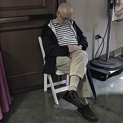 Shhhh, a sleeper (Renee Rendler-Kaplan) Tags: he him there sit seated sitting sleeping morning randolphstreetmarketfestival inside indoors stranger guy dude man male chair shhhh iphone iphoneography caughtmyeye august 2016 reneerendlerkaplan vendor tired asleep people