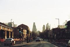 Mile End Road (3) (Matthew Huntbach) Tags: mileendroad eastlondon e1 stepneygreen kodakportra800 cityoflondon