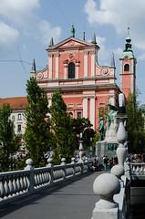 Ljubljana (lesougn) Tags: ljubljana laibach lubiana slovnie yougoslavie ljubljanica karst janki hrib save chteau cathdrale saintnicolas pont dragons zmajski most mestni trg francesco robba tromostovje