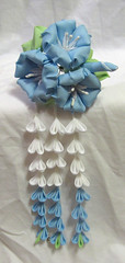 Blue morning glories (EruwaedhielElleth) Tags: flowers hair japanese clips pins maiko fabric ornaments hana geisha accessories folded tsumami hairpins kanzashi imlothmelui