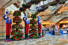 Suntec City (chooyutshing) Tags: christmas decorations festival singapore display celebration shoppingmall atrium 2012 sunteccity