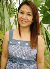 Fasiri (Asia Amour2012) Tags: woman cute sexy girl beautiful smile thailand pretty sweet cutie thai oriental siam