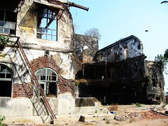 Mahesh Mill Compound, Mumbai (bodythongs) Tags: india west mill film canon movie compound ruins harbour body indian south ruin location caves thongs bombay april maharashtra mumbai mahesh derelict elephanta colaba elefanta bombai kanheri maharashtrian  studo       bodythongs
