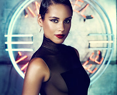 Alicia Keys - Girl on Fire Video, Testo e Traduzione (Donna Perfetta.com) Tags:
