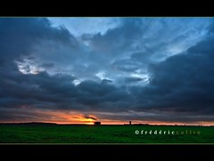 Sunset in the fields - Explore (lathuy) Tags: sunset field clouds de grey gris soleil countryside belgium belgique belgie champs coucher dramatic explore fields nuages campagne brabant wallon wallonie explored jodoigne lathuy