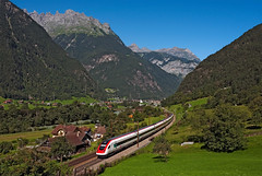 SBB RABDe500 029 (maurizio messa) Tags: railroad alps switzerland railway trains svizzera bahn alpi mau uri tilting ferrovia treni icn gotthard pendolino gottardo neigezug nikond90 elettrotreno rabde500 icn669
