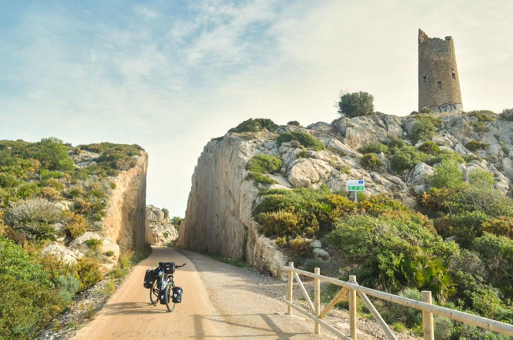 Mer et oranges - FreeWheely  Cyclisme Afrique