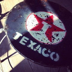 Texaco (PiGsty) Tags: milan texaco