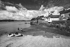 Charles Fort Boaty Thing (Bob Farrell (honestly)) Tags: kinsale ireland harbour charlesfort landscape bw