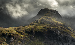 Atmospheric Ogwen (Nick Livesey Mountain Images) Tags:
