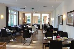 AKZENT Strandhotel Villa Verdi_Ostseebad Khlungsborn_Frhstcksbereich (AKZENT Hotels e.V.) Tags: breakfast frhstck tisch hotel ostseebadkhlungsborn