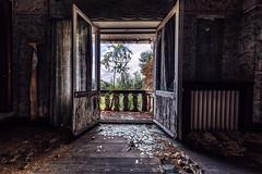 Maison Viron (Jan Hoogendoorn) Tags: belgie belgium urbex urbanexploring vervallen verlaten decayed abandoned maison viron villa