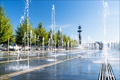 Russia. Moscow. Fountain on Krymskaya embankment. (Yuri Degtyarev) Tags: russia city capital moscow moskva moscou fountain krymskaya crimean embankment waterfront muzeon gorky park summer water               outdoor leica x2