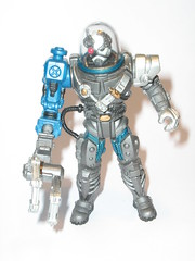 unidentified action figure - marked / stamped - chap mei china HK 6010757.5 M001 (tjparkside) Tags: china hk ball robot arm action space helmet hose claw dome figure scifi mei cyborg stamped unidentified chap cybernetic robotic marked jointed m001 removeable 60107575