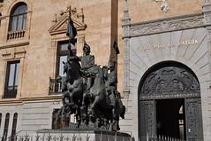 """Monumento al Regimiento de Caballera """"Alcntara"""" (lumog37) Tags: esculturas militar monumentos monuments sculptures militaryhistory historiamilitar tesorosdevalladolid"""
