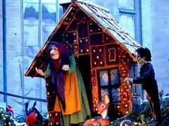 Komm in mein Huslein:-)) (Heide (vorher roeschen56)) Tags: markt gretel hexe huschen blinkagain