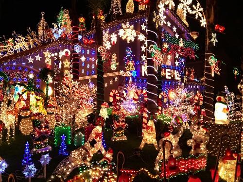 Moreno Valley Christmas Lights 031 - a photo on Flickriver