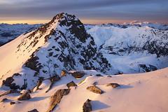 Ilunabarra Pirinioetan/Sunset over the Pyrenees) (jonlp) Tags: winter sunset snow mountains landscape atardecer pyrenees montaas elurra pirineo mendiak pirinioak negua paisajea