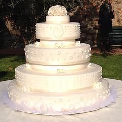 Wedding cake di Francesco e Francesca. #pasticceriapeggi  #wedding cake #cakedesign  #wedding  #matrimonio # torta nuziale #pasticceria #cake