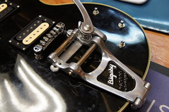 Success, here's the Bigsby mounted onto the Les Paul using my custom fake vibramate. the only disadvantage here is were one bolt less. Due to the correction of the new plate the bolt hole lines up directly over another bolt so it's not possible to have it (Jack's Instrument Services) Tags: salford luthier the fre guitartech brokenheadstock headstockbreak lowaction guitarrepairs guitaraction talesfromtheworkbench guitarsetups guitarrepairermanchester pickuprewind pickupwinding guitarsetupmanchester