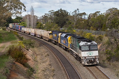2016-09-25 Pacific National NR85-AN4-NR12 Bargo 7MB4 (deanoj305) Tags: bargo newsouthwales australia au pacific national intermodal container train 7mb4 nr85 an4 nr12 main south line nsw