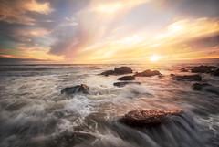 Equihen (#Charlie Didier Bonnette Photographies) Tags: equihen water seascape ctedopale hautsdefrance canon sunset poselongue longexposure