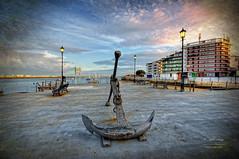 (293/16) Paseando por el puerto de Punta Umbra (Pablo Arias) Tags: pabloarias photoshop photomatix nx2 cielo nubes texturas arquitectura ancla puerto pescadores puntaumbra huelva comunidadandaluza