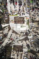 Upside Down 上下逆様 (Patrick Vierthaler) Tags: tokyo japan escalators mirror cabinet urban design harajuku tokyu plaza landscape 東急プラザ 原宿 東京 鏡