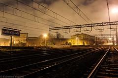E' un' attitudine notturna (Valentina Venditti) Tags: binari stazione roma termini night rome tracks railway graffiti