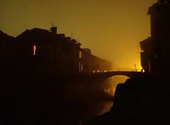 Morgens (Meppi73) Tags: saintjeanpieddeport sunrise sun morning night sonnenaufgang morgen morgens brcke bridge pont water canal kanal river fluss unscharf reflection reflektion frankreich france baskenland pays basque euskal herria gr10
