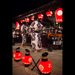 (Masahiro Makino) Tags: festival japan photoshop canon eos kyoto shrine adobe   tamron f28 paperlantern lightroom  yasaka gionmatsuri     1750mm 60d naginataboko  20120716234520canoneos60dls640p