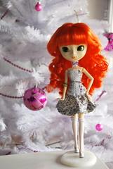 Kimi (pullip Froggy) (> Lily <) Tags: christmas tree doll treasure inside pullip froggy mizars