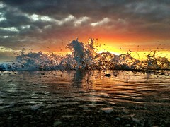 Splash Magnifique (Andy Royston / Ft Lauderdale Sun) Tags: ocean sunrise splash hughtaylorbirchstatepark uploaded:by=flickrmobile flickriosapp:filter=nofilter andyroystonportfolio