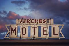 Aircrest Motel (bryanscott) Tags: sign port typography coast washington angeles motel signage type olympic