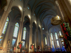 Christmas in the  St. Anthony of Padua Church in Istanbul (CyberMacs) Tags: christmas building church architecture turkey catholic events religion trkiye kirche places istanbul christian celebration trkorszg hdr byzantine romancatholic beyolu istiklalcaddesi stantoine cathedraloftheholyspirit constantinoble santoniodipadova stanthonyofpaduachurch stantuankatolikkilisesi saintantuankilisesi othernames santantoniodipadovachurch