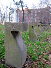 The Standing Stones of Roosevelt Island (Eugene Gannon) Tags: newyorkcity newyork utata rooseveltisland blackwellsisland welfareisland minnehanonck varkeneyland