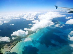 Cancun (And cassoli) Tags: blue summer azul mxico mar paradise peace natureza frias paz nuvens vero cancun caribbean avio paraiso calor caribe curtio